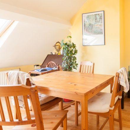 Rent this 1 bed apartment on Rue de la Croix de Pierre - Stenen-Kruisstraat 60 in 1060 Saint-Gilles - Sint-Gillis, Belgium