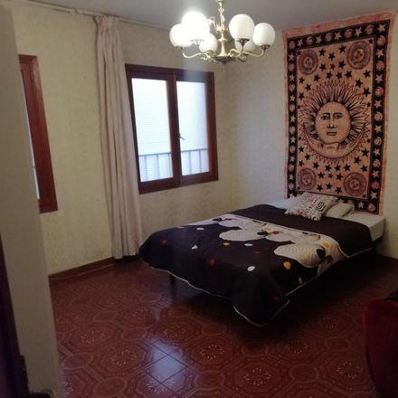 Rent this 8 bed room on Carrer de Josep Darder in metge, 07008 Palma