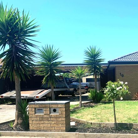 Rent this 4 bed house on 19 Konrads Crescent