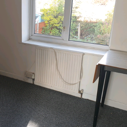 Rent this 3 bed house on Stamford Road in London RM9 4ER, United Kingdom