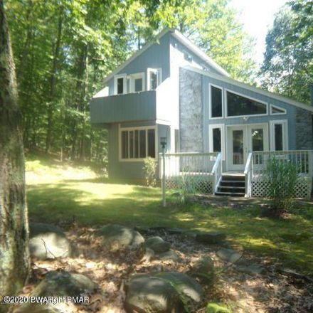 Rent this 3 bed house on Swallow Ct in Bushkill, PA