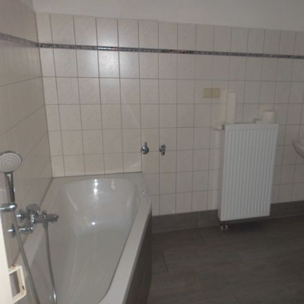 Rent this 3 bed apartment on Dr.-Marie-Elise-Kayser-Straße 3 in 08056 Zwickau, Germany