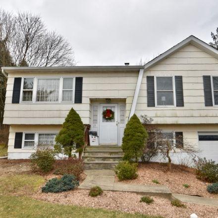 Rent this 3 bed house on Maryann Rd in Oak Ridge, NJ