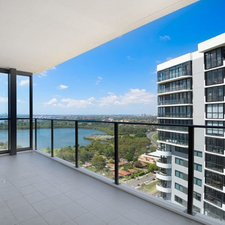 Rent this 2 bed apartment on 2010/46 Walker St