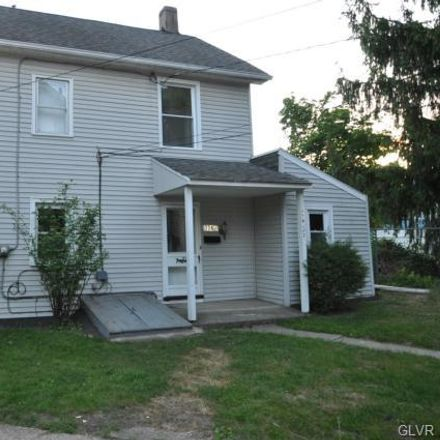 Rent this 2 bed townhouse on 2nd St in Phillipsburg, NJ