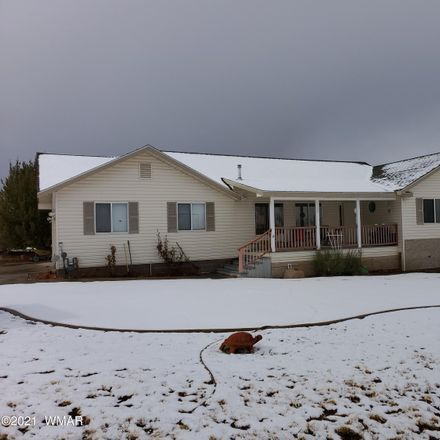 Rent this 3 bed house on 1550 Blossom Lane in Taylor, AZ 85939