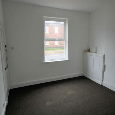 Rent this 2 bed house on Shobnall Road in East Staffordshire DE14 2BB, United Kingdom