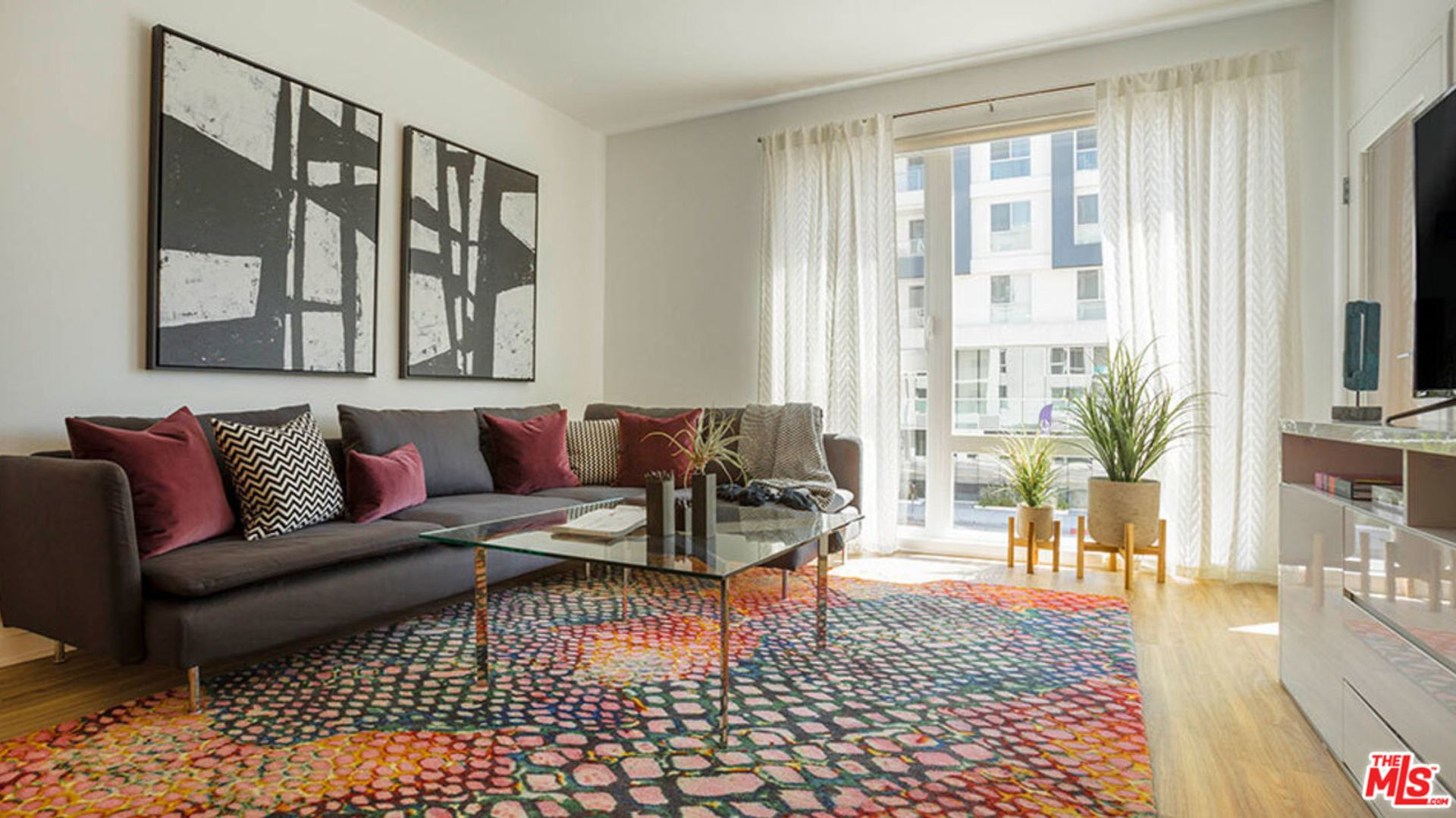 1 bed apartment at W California Ave, Glendale, CA, USA ...