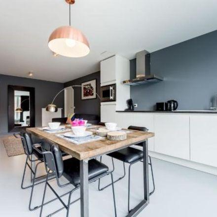 Rent this 2 bed apartment on Rue du Fossé aux Loups - Wolvengracht 14 in 1000 City of Brussels, Belgium