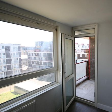 Rent this 3 bed apartment on Walton Villas in Downham Road, London N1 5AA