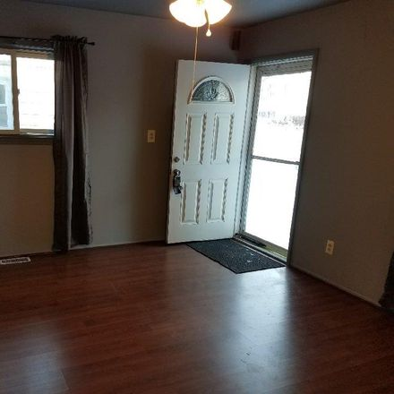 Rent this 3 bed house on 1834 South Karle Avenue in Westland, MI 48186