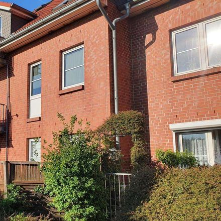 Rent this 3 bed duplex on Mühlberg in 39326 Hohe Börde, Germany