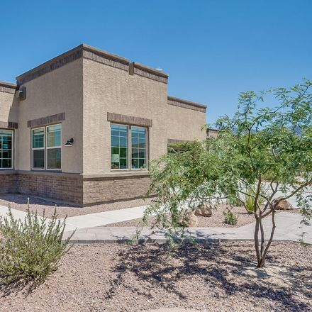 Rent this 2 bed townhouse on Oro Valley