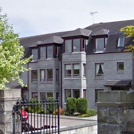 Rent this 2 bed apartment on St Peter's RC School in 621 King Street, Aberdeen AB24 1SA