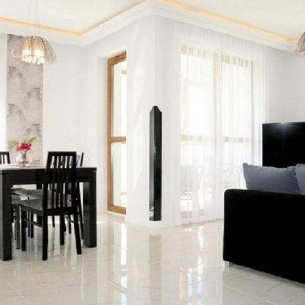 Rent this 3 bed apartment on Partyzantów in Gdańsk, Polska
