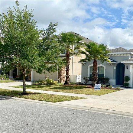 Rent this 3 bed house on Old Tree Rd in Orlando, FL