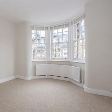 Rent this 1 bed apartment on The Queen Elizabeth in Merrow Street, London SE17