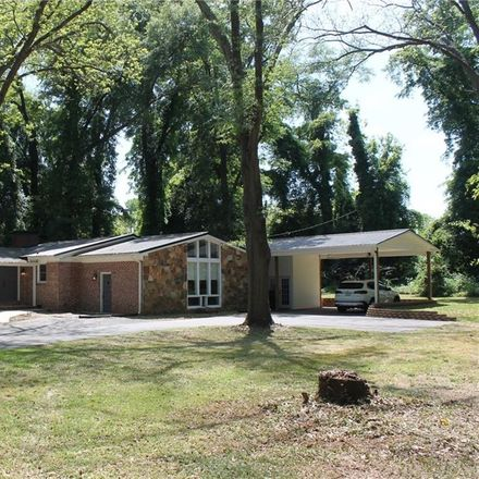 Rent this 3 bed house on 116 Duckworth Lane in Anderson, SC 29621
