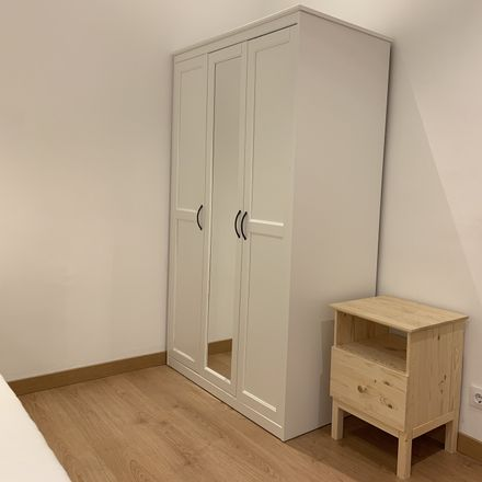 Rent this 4 bed room on Carrer del Gasòmetre in 21, 43001 Tarragona