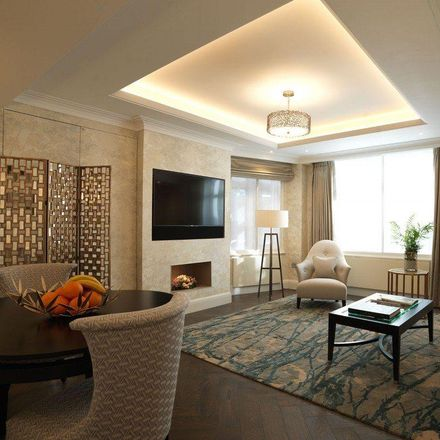 Rent this 1 bed apartment on 60 Park Lane Apartments in South Street, London W1K 1QF