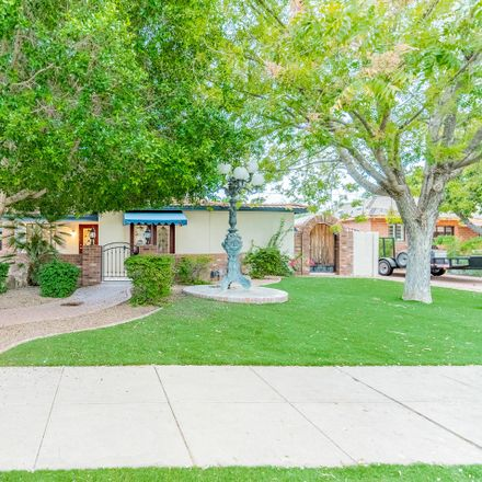 Rent this 3 bed house on 1631 North 11th Avenue in Phoenix, AZ 85007