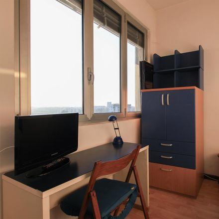 Rent this 3 bed room on Viale Ca' Granda in 20162 Milan Milan, Italy