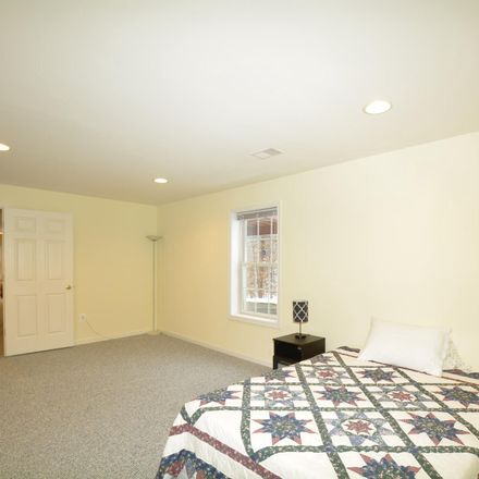 Rent this 1 bed house on 6081 Deer Ridge Trail in Springfield, VA 22150