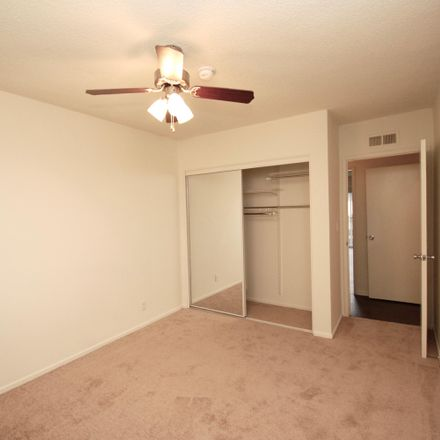 Rent this 2 bed apartment on 14620 Dickens St in Sherman Oaks, CA 91403