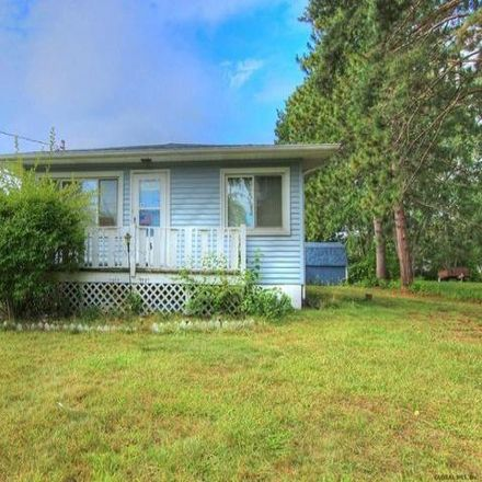 Rent this 3 bed house on 3 Plank Road in Halfmoon, NY 12188