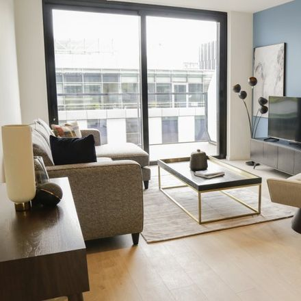 Rent this 3 bed apartment on Hanover Wharf in 20-30 Asgard Road, South Dock ED