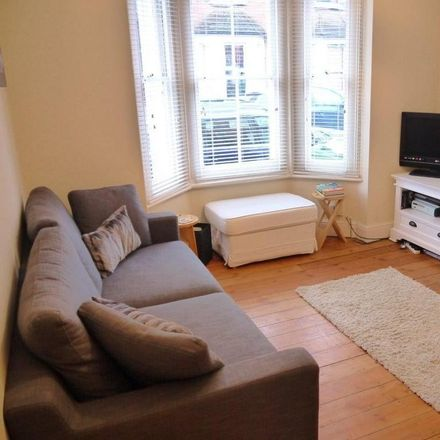Rent this 2 bed house on Acacia Road in Guildford GU1 1HL, United Kingdom