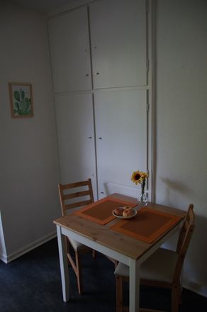 Rent this 2 bed apartment on Stoeckhardtstraße 13 in 20535 Hamburg, Germany