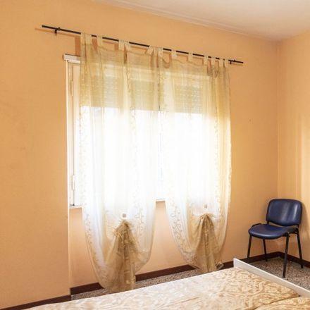 Rent this 5 bed apartment on Sedia del Diavolo (Monumento a Elio Callistio) in Piazza Elio Callistio, 00199 Rome RM