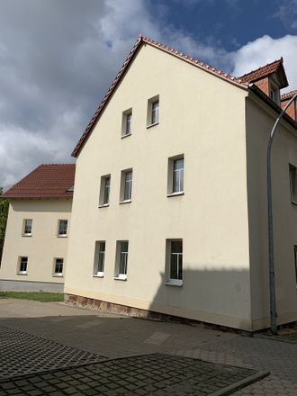 Rent this 2 bed apartment on Dresdner Straße 31 in 04720 Döbeln, Germany