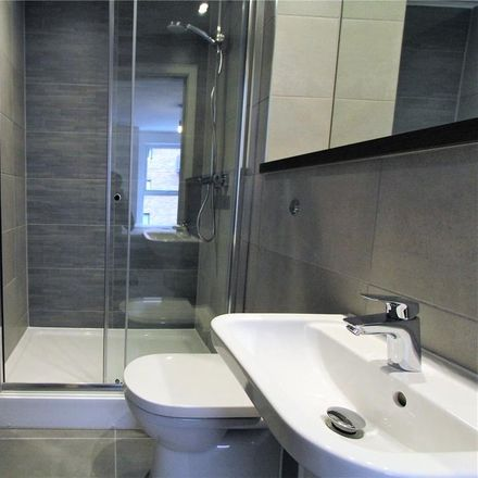 Rent this 2 bed apartment on TK Maxx in Ordsall Lane, Salford M5 4XR