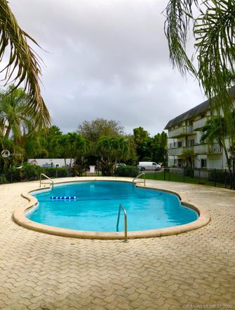 Rent this 1 bed condo on 15221 Northeast 6th Avenue in Sixth Avenue Trailer Park, FL 33162