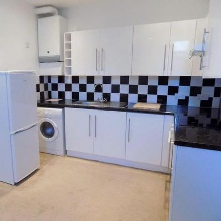 Rent this 1 bed apartment on Braddons Hill Road East in Torquay TQ1 1HF, United Kingdom