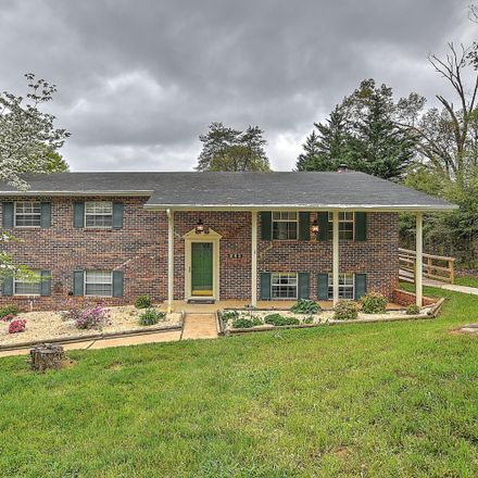 Rent this 3 bed house on 179 Woodcrest Drive in Greeneville, TN 37745