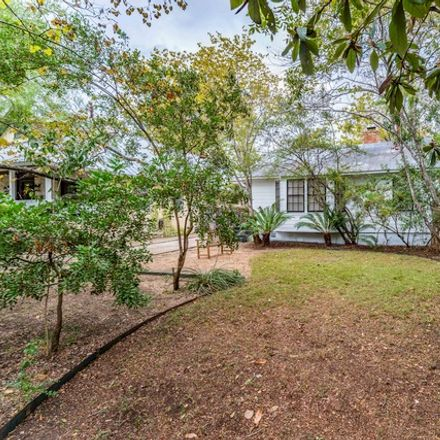 Rent this 2 bed house on 221 Redwood Street in Alamo Heights, TX 78209