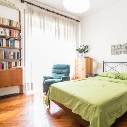 Rent this 2 bed room on Via Luigi Settembrini in 3, 20124 Milan Milan