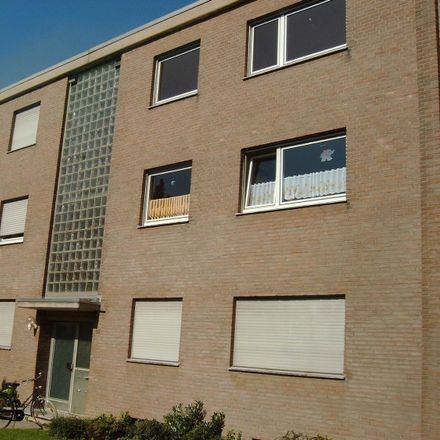 Rent this 3 bed apartment on Max-Planck-Straße 12 in 41751 Viersen, Germany