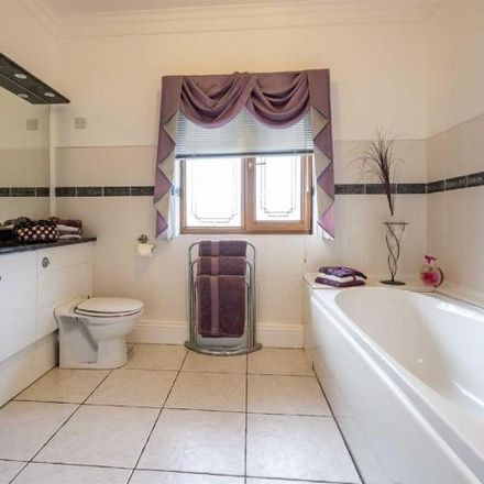 Rent this 5 bed house on Felindre SA5 7NL