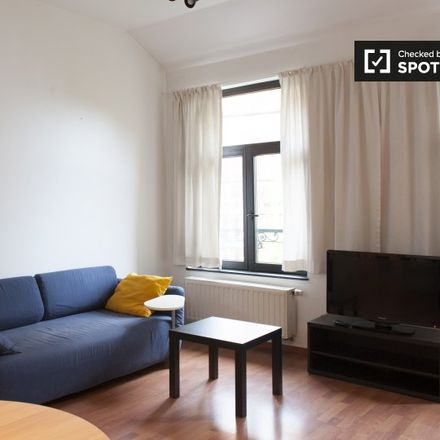 Rent this 1 bed apartment on Place de Londres - Londenplein 3 in 1050 Ixelles - Elsene, Belgium