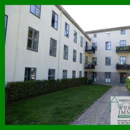 Rent this 3 bed townhouse on Berlin in Dahlem, BERLIN