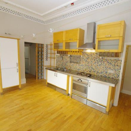 Rent this 2 bed apartment on Shrubbery Avenue in Weston-super-Mare BS23 2DP, United Kingdom