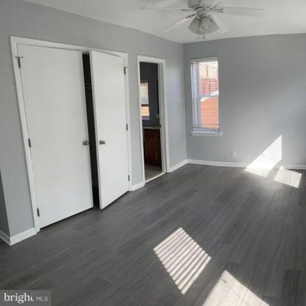Rent this 3 bed condo on 626 South 11th Street in Philadelphia, PA 19147