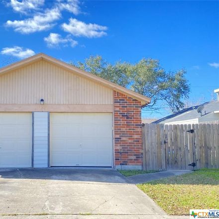 Rent this 3 bed apartment on 121 Avant Garde Drive in Victoria, TX 77901
