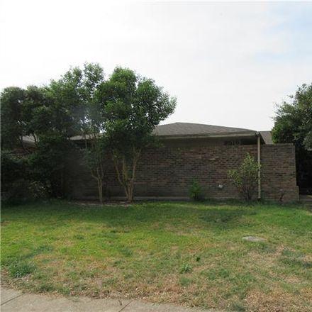 Rent this 3 bed duplex on 9516 Summerhill Lane in Dallas, TX 75238