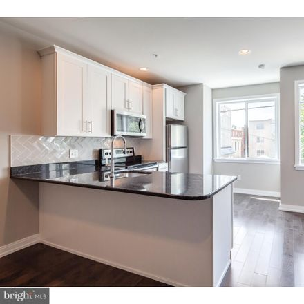 Rent this 2 bed townhouse on 1407 North 8th Street in Philadelphia, PA 19122