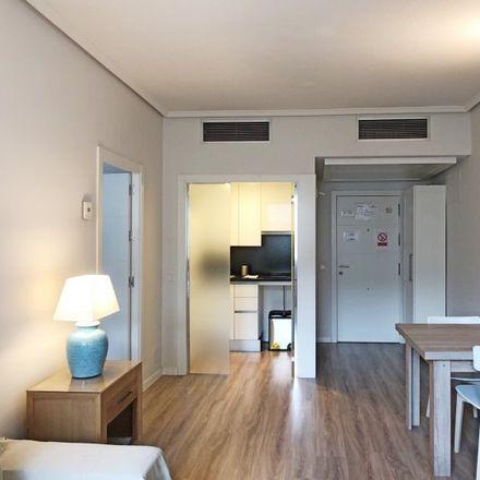 Rent this 1 bed apartment on Parroquia San Dámaso in Calle de Mauricio Legendre, 10